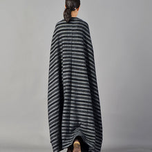 Load image into Gallery viewer, top quality black striped maxi coat plus size pockets long coat women large hem winter coats