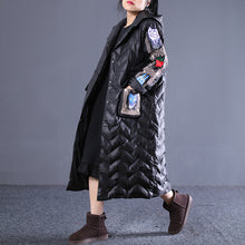 Load image into Gallery viewer, top quality black winter down coat Loose fitting hooded down coat Luxury embroidery pockets winter down coat