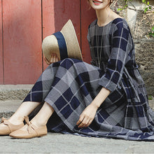 Load image into Gallery viewer, top quality blue plaid grid cotton linen caftans Loose fitting o neck baggy dresses gown women half sleeve pockets dresses