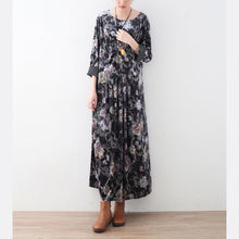 Load image into Gallery viewer, vintage green floral corduroy maxi dress plus size elastic waist clothing dress Elegant o neck kaftans