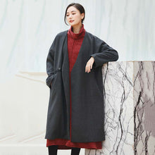 Load image into Gallery viewer, women black Coats trendy plus size V neck outwear vintage baggy pockets wool jackets
