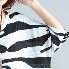 Load image into Gallery viewer, women black cotton knee dress trendy plus size casual dress New short sleeve asymmetric striped cotton dresses