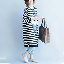 Load image into Gallery viewer, women black white striped cotton dresses plus size cotton clothing dress women side open striped clothing dress