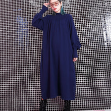 Load image into Gallery viewer, women blue fall casual stand collar traveling dress 2018 pockets baggy dresses
