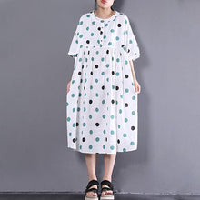 Load image into Gallery viewer, women linen shift dress oversized Loose Short Sleeve Dots Printed White Pleated Dress