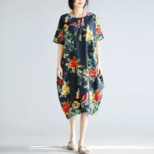 Load image into Gallery viewer, women navy linen shift dresses trendy plus size holiday dresses New short sleeve floral linen dress