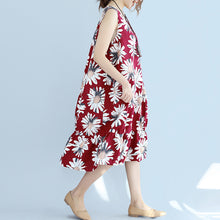 Load image into Gallery viewer, women red linen dresses oversize traveling dress Fine sleeveless floral cotton dresses