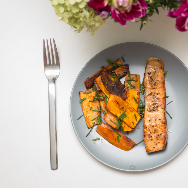 Pepper-Crusted Salmon With Sweet Potato Wedges