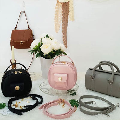 What are the different   types of purses?