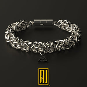King Style Chain Bracelet 925K Sterling Silver with Charm
