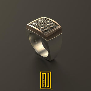 Golden Ring with 30x Diamonds or Black Diamonds