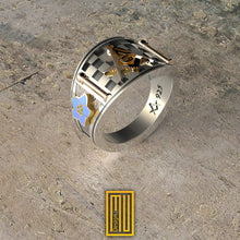 Band style Masonic Ring with Jacobs latter