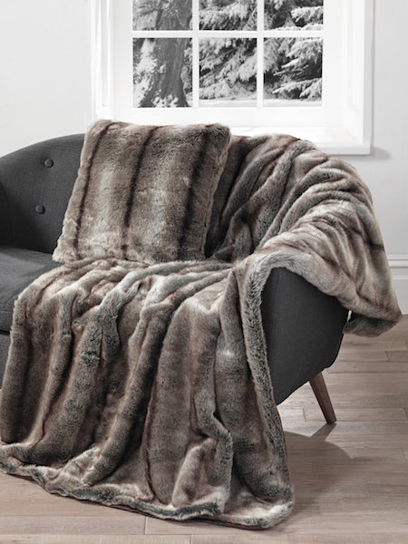 Elk Luxury Faux Fur Throw