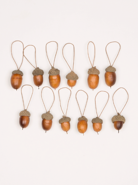 Set of 12 hanging decorative acorns