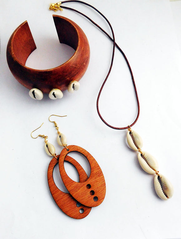 Cowrie Shell Jewelry Set Wooden Gift Ideas Women Necklace Bangle Earrings