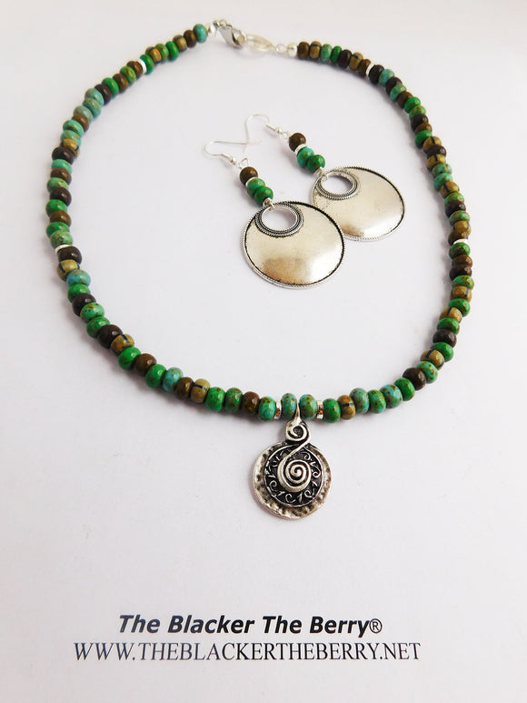 Green Necklace Ethnic Jewelry Set Beaded Earrings