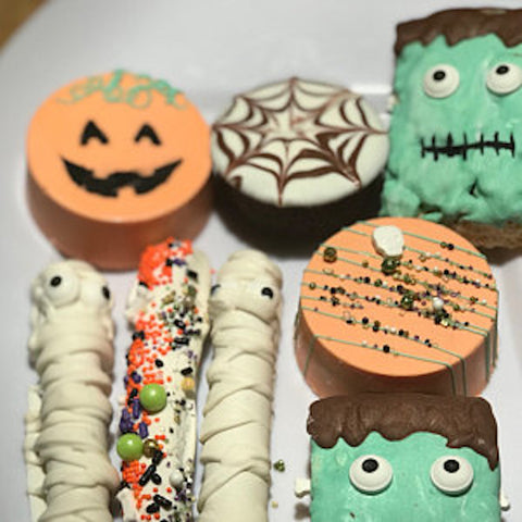Halloween treats made with our Jack O Lantern Oreo Stencil