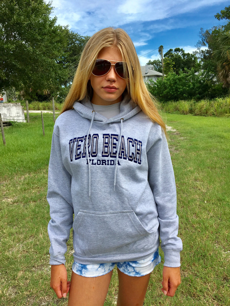 Vero Beach FL Sweatshirt Hooded Pullover Heather Grey