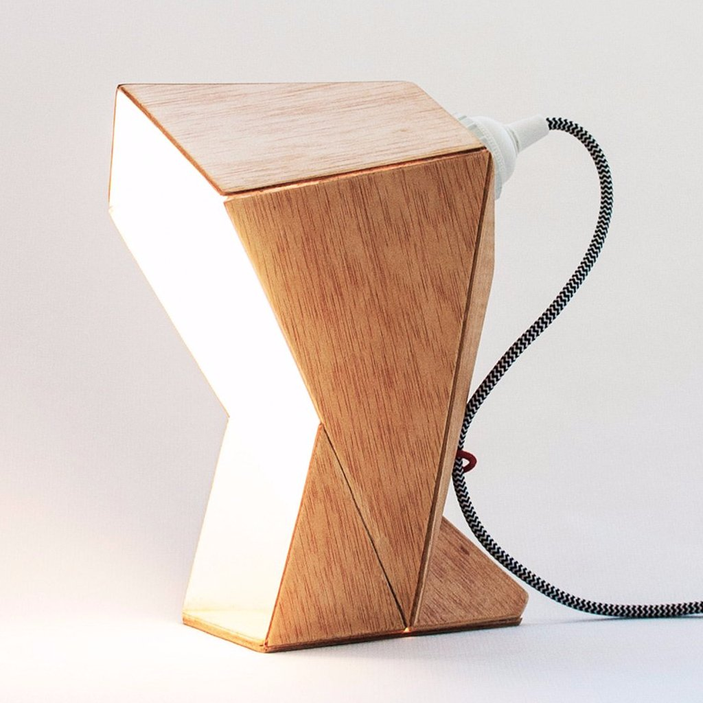 Capucha Table Lamp by Oitenta on OOSTOR.com