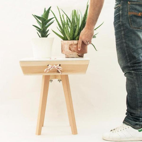 Handmade Portable Table With Drawer by Oitenta on OOSTOR.com