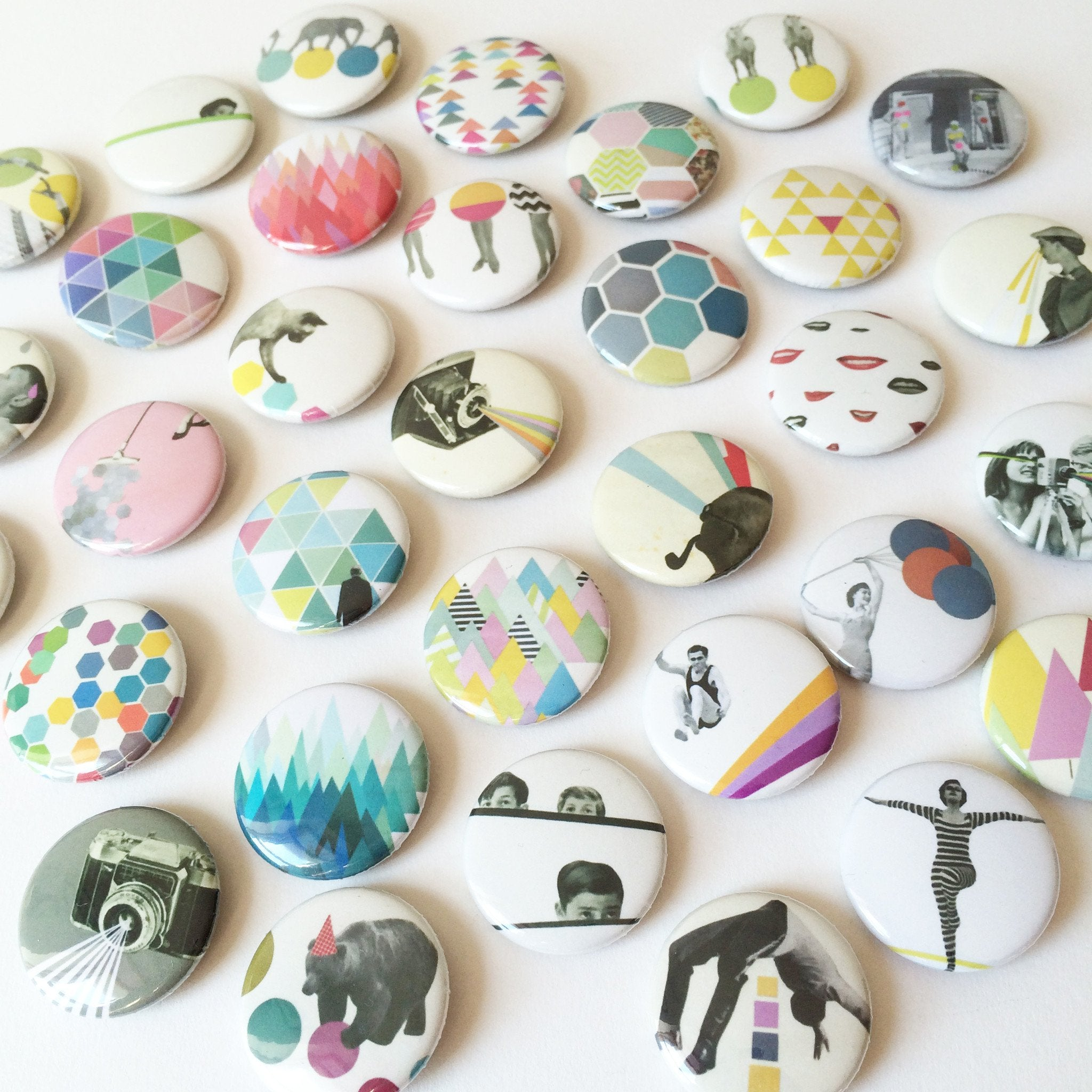 Badge Set - Alien Activity by Cassia Beck on OOSTOR.com