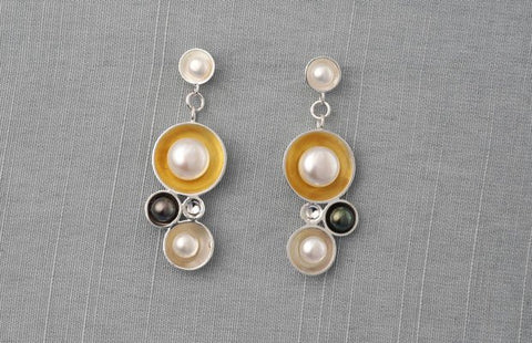 Champagne short drop earrings