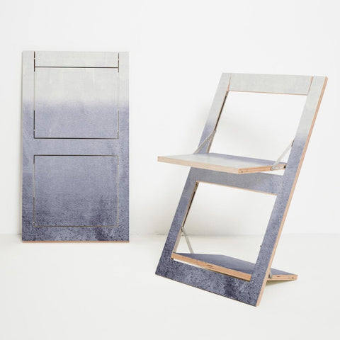 Fläpps Fading Gray Folding Chair by Ambivalenz