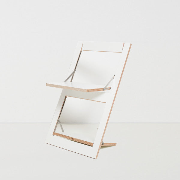 Fläpps Folding Chair – White by Ambivalenz on OOSTOR.com