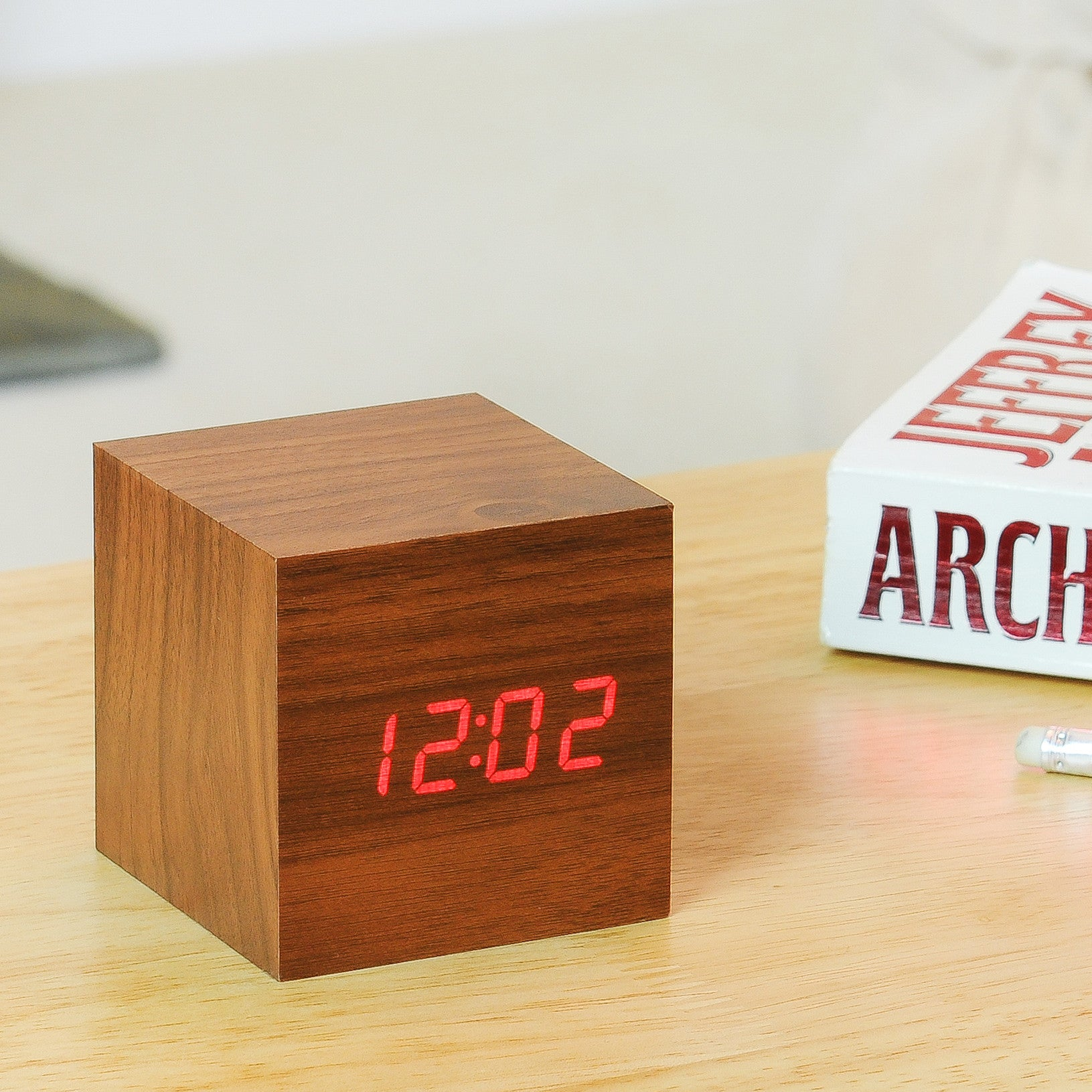 Cube Click Clock by Gingko on OOSTOR.com