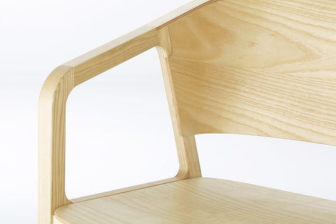 Beams Chair - Nature by EAJY DESIGN GmbH on OOSTOR.com