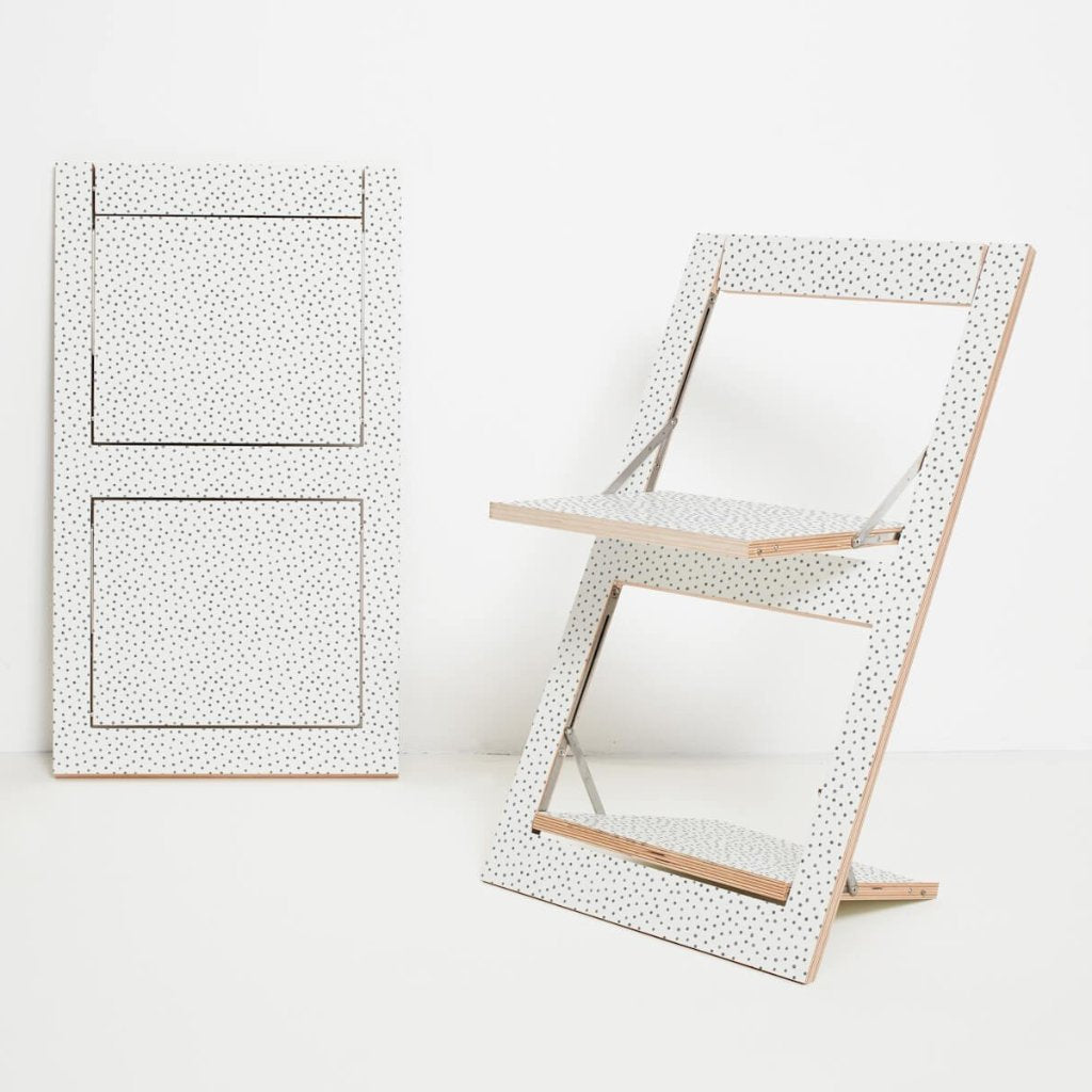 Fläpps Watercolour Dots Folding Chair by Ambivalenz on OOSTOR.com
