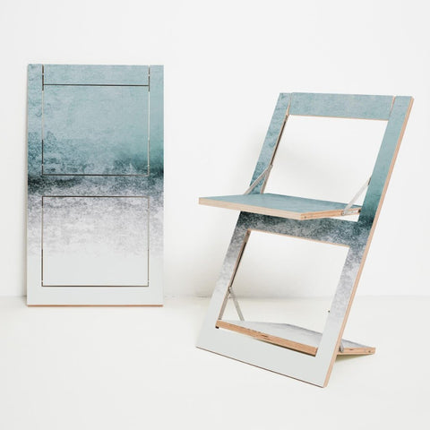 Fläpps Snowdreamer Folding Chair by Ambivalenz