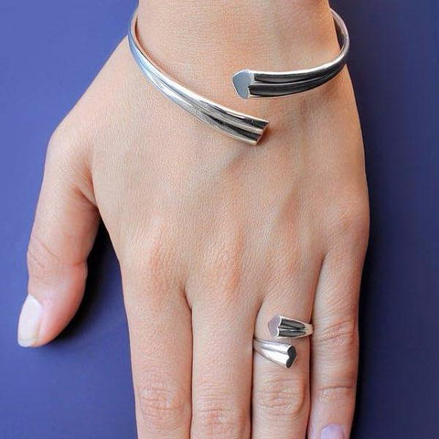 Love Ring by Lusasul on OOSTOR.com