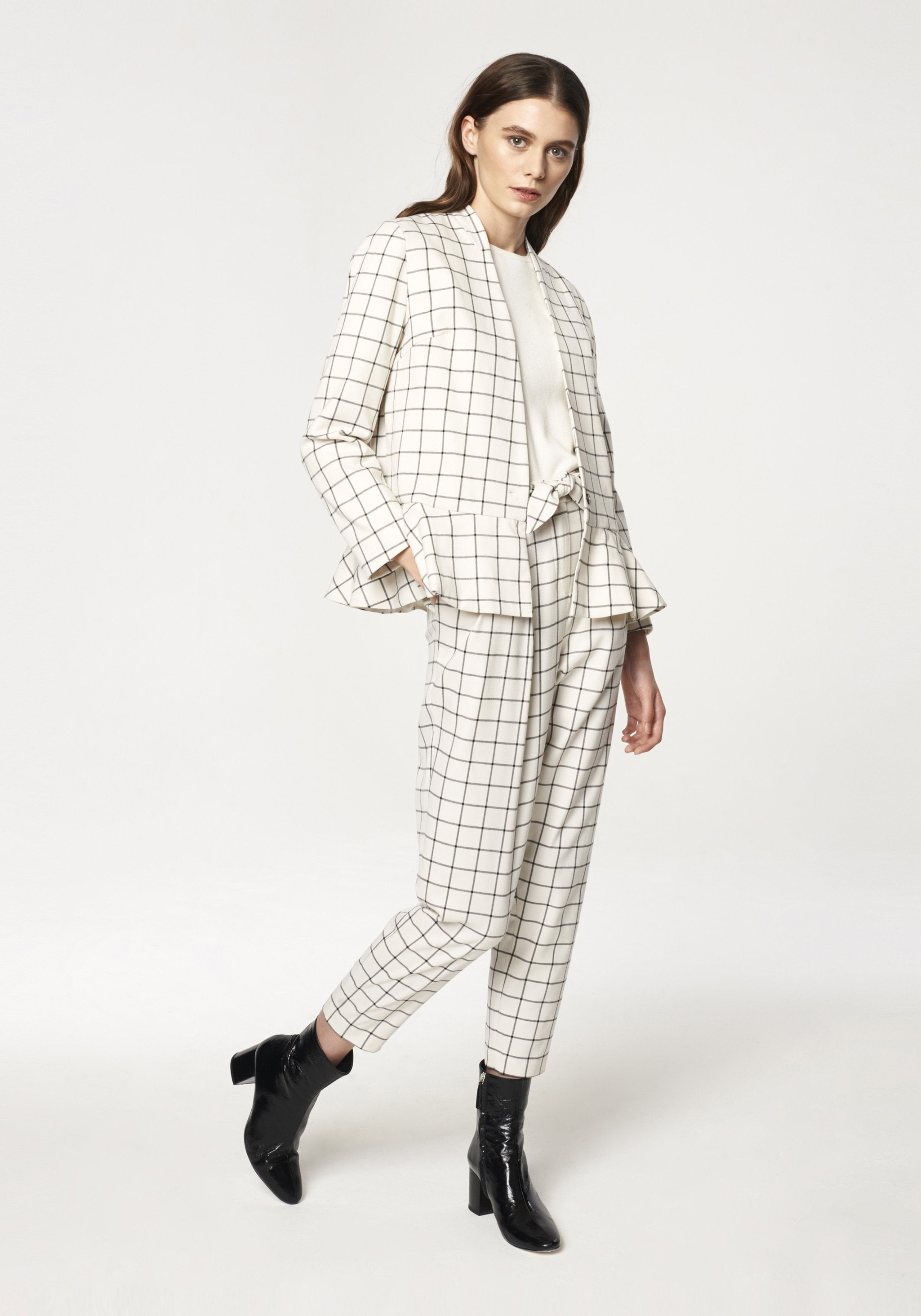 Checked V Neck Blazer with Peplum Hem in White and Black by Paisie on OOSTOR.com
