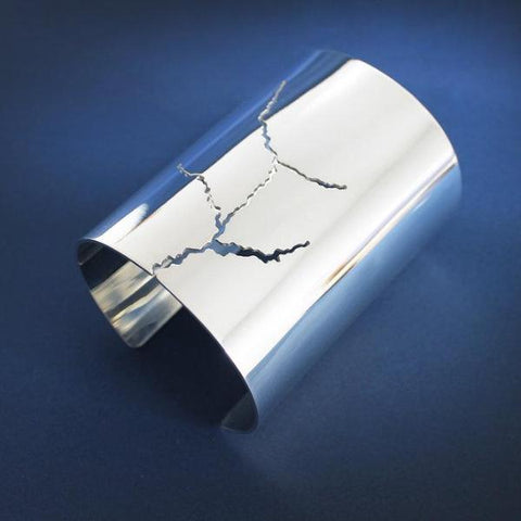 Cracked Bangle by Lusasul on OOSTOR.com