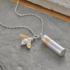 Large Memories Necklace - Capsule & Bee