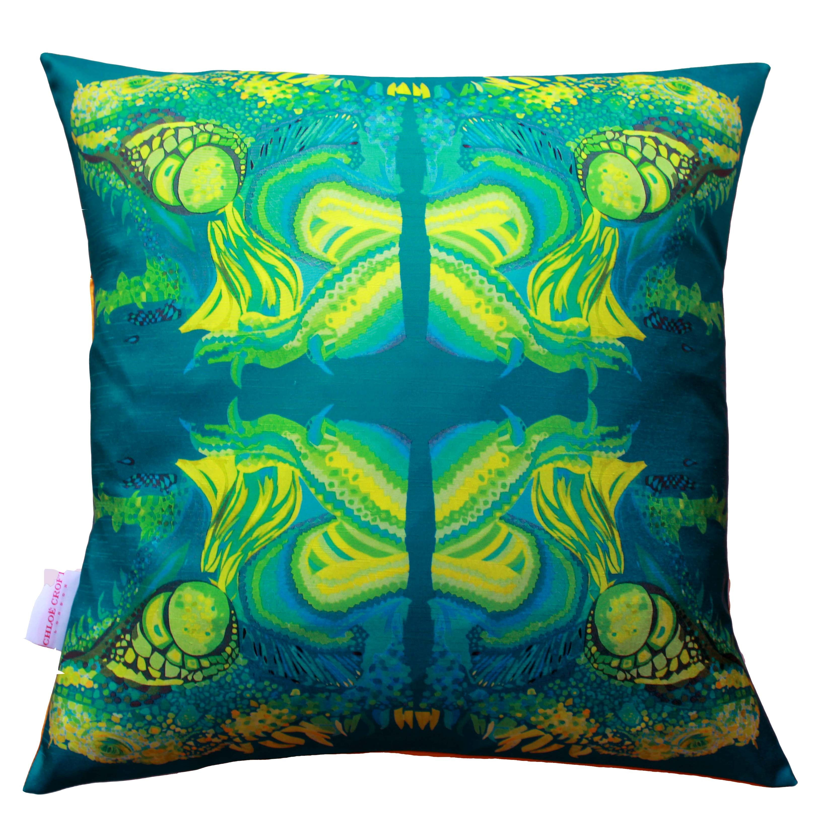 Illusive iguanas cushion