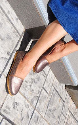Anaken Brown Smoke Loafers by SEIRA ELVES on OOSTOR.com