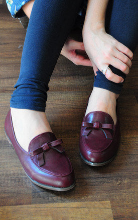 Amber Red Wine Loafers With Feminine Bow by SEIRA ELVES on OOSTOR.com