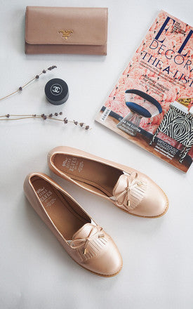 Audrey Pink Gold Tassel Loafers by SEIRA ELVES on OOSTOR.com