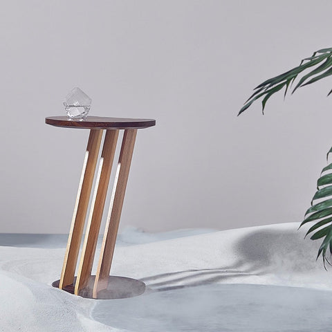 Dovetail End Table by WE Living on OOSTOR.com
