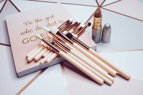 12 Piece Rose Eye Brush Set