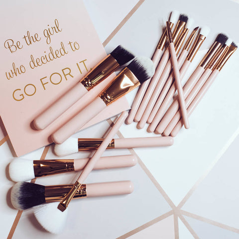 15 Piece Rose Gold Brush Set