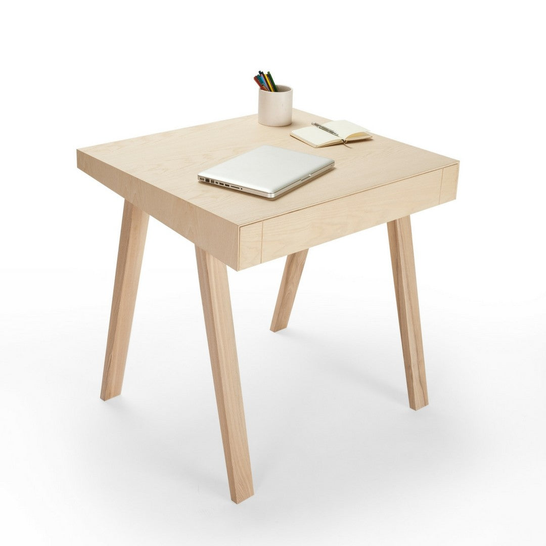 4.9 Desk by EMKO on OOSTOR.com