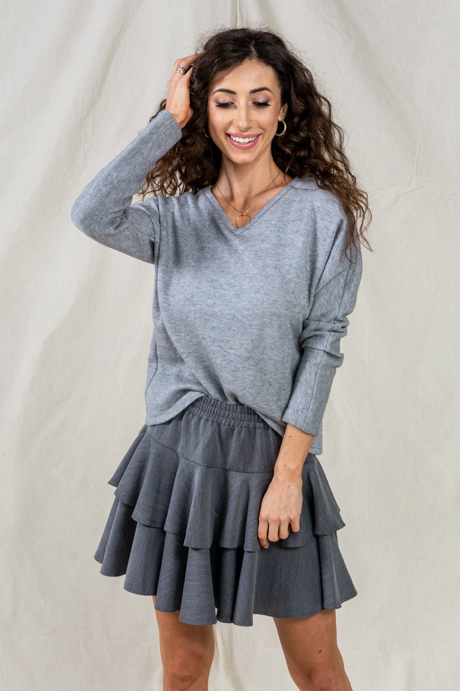 Classic Oversized V-Neck Long Sleeve Sweater in Grey