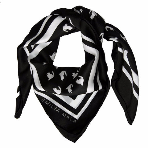 Emma Scarf Black/White