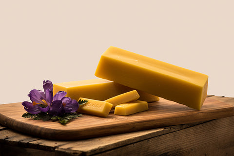Beeswax as a healthy supplement to a non-toxic way of living