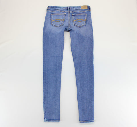 Abercrombie & Fitch Blue Destroyed Jeans Size 4R W27 L31 - Around Again Inc