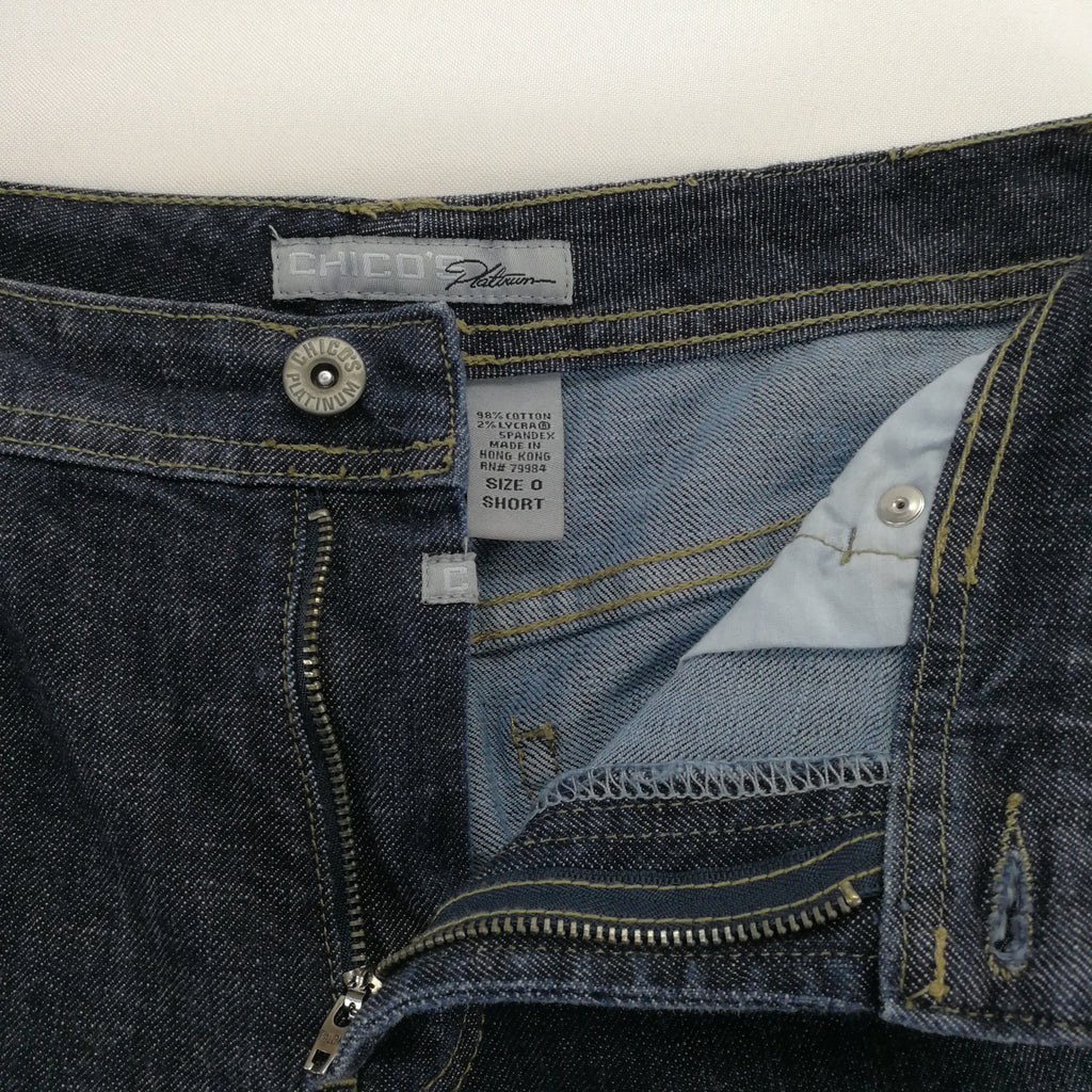Chico's Platinum Indigo Faded Stretch Jeans Chico's Size 0 Short (Small),Jeans,Chico's,Around Again Inc