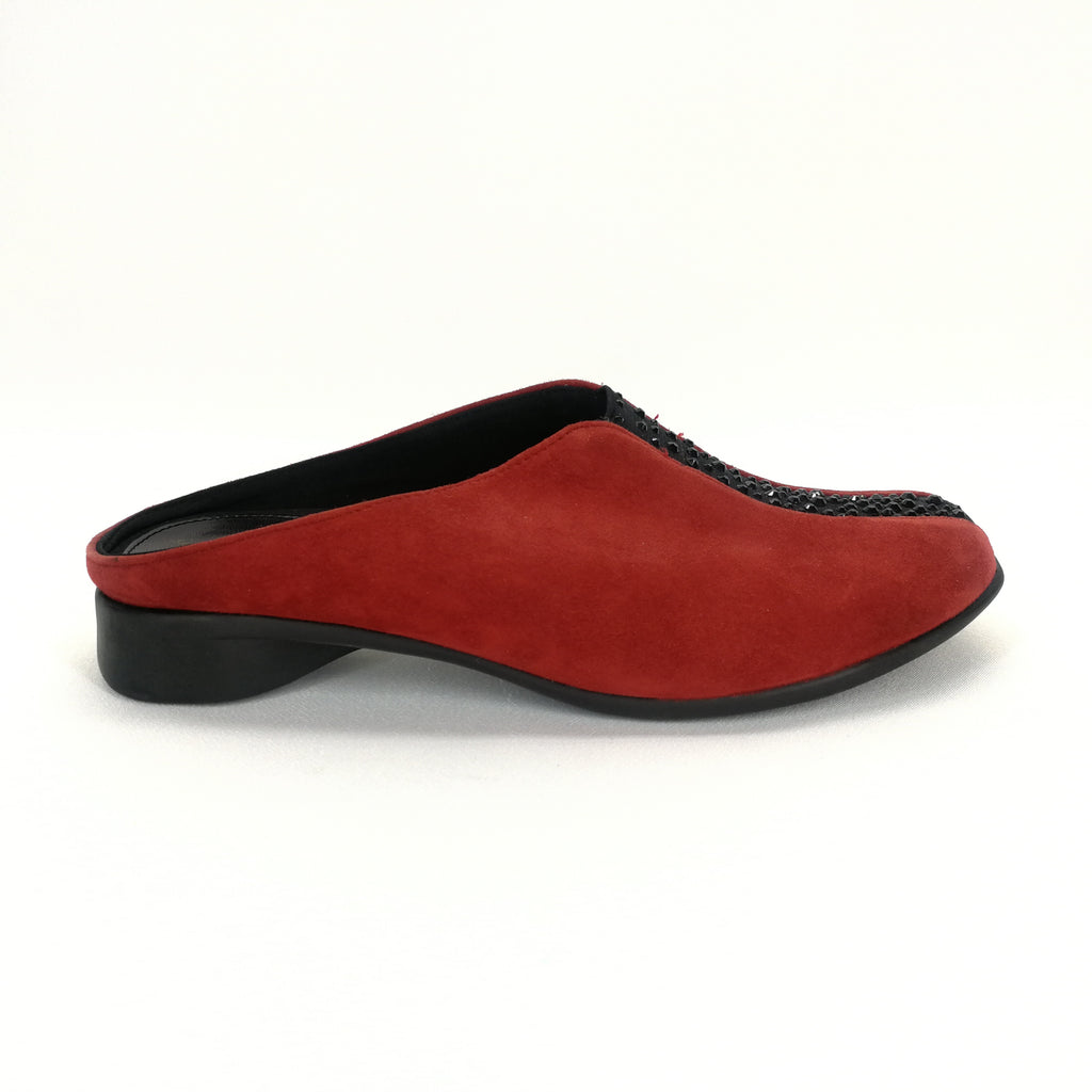 a3ea69a1ef8 J. Renee CAYLA Red Suede Mule Flats Size 7 W – Around Again Inc